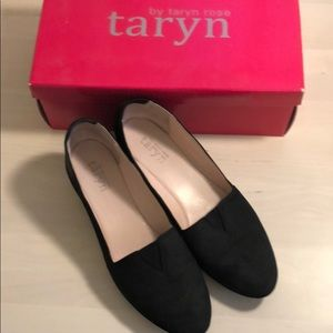 taryn by taryn rose black leather flats